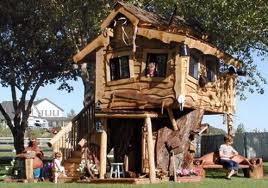 Nascita e dintorni la casetta sull albero educa i bambini for Casa legno bambini