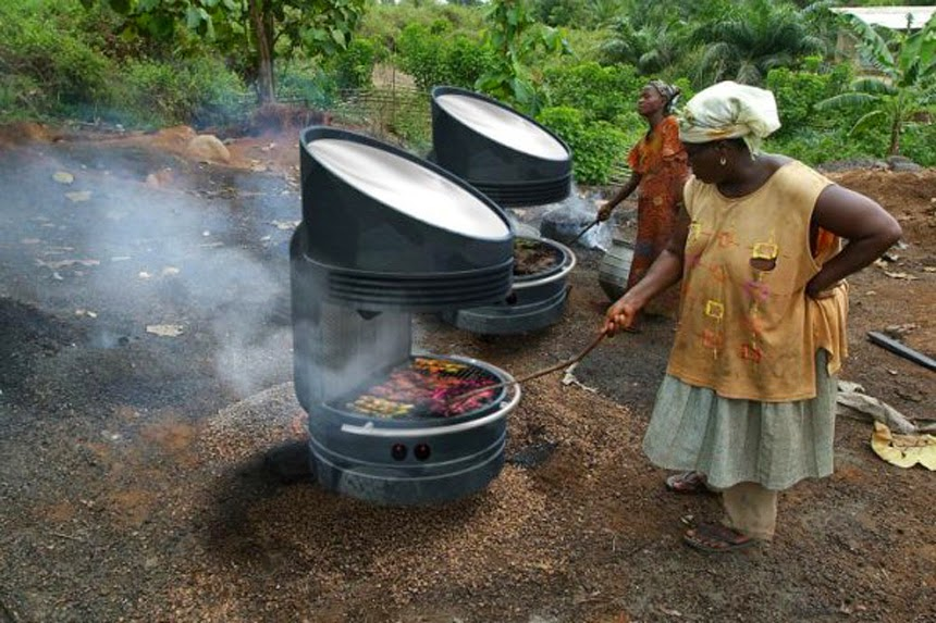 Newly Invented Off-Grid Solar Grill Can Store Energy & Cook At Night Without Electricity
