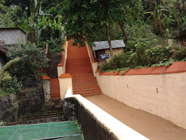 pictures of Janardana Swamy Temple Varkala