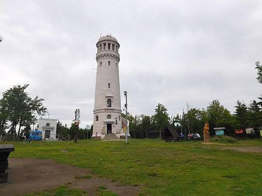 Wieża widokowa na Wielkiej Sowie.