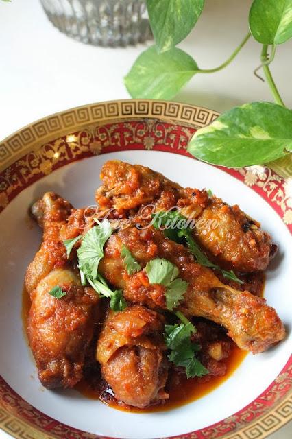 Ayam Masak Merah Sedap Dimakan Dengan Ketupat