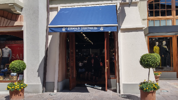Brooks Brothers Outlet Fidenza