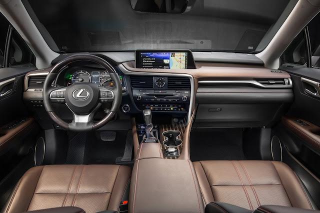 Interior view of 2016 Lexus RX 450h