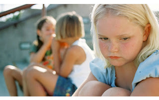 Ciri Anak yang Introvert