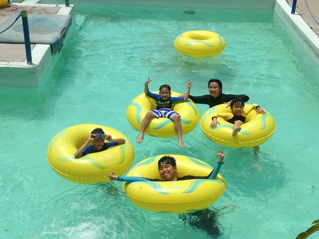 ERICJAZ FOODIES: FONTANA WATER THEME PARK (ANGELES CITY)