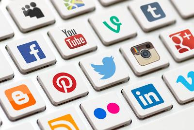 Top 10 Social Media