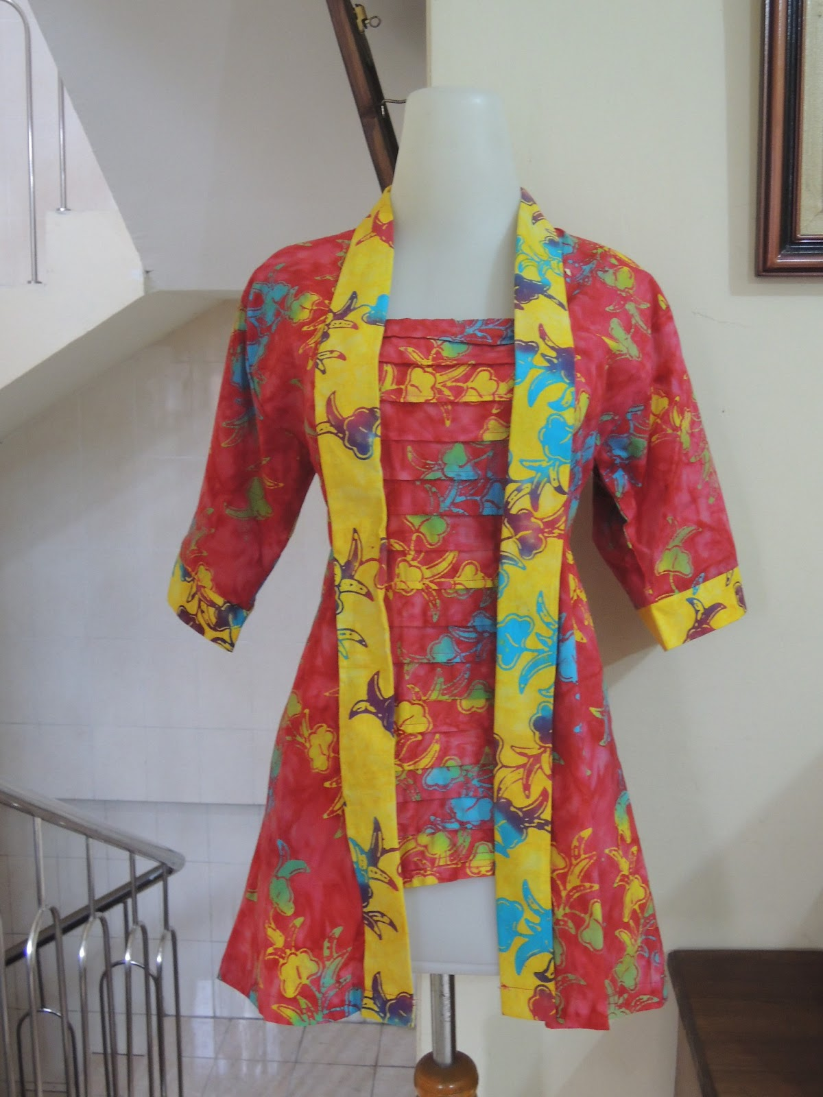 Palastri Shop   Gabriella Shop  Blus Batik Kombinasi Cap Tulis Warna ... 3616a7c192