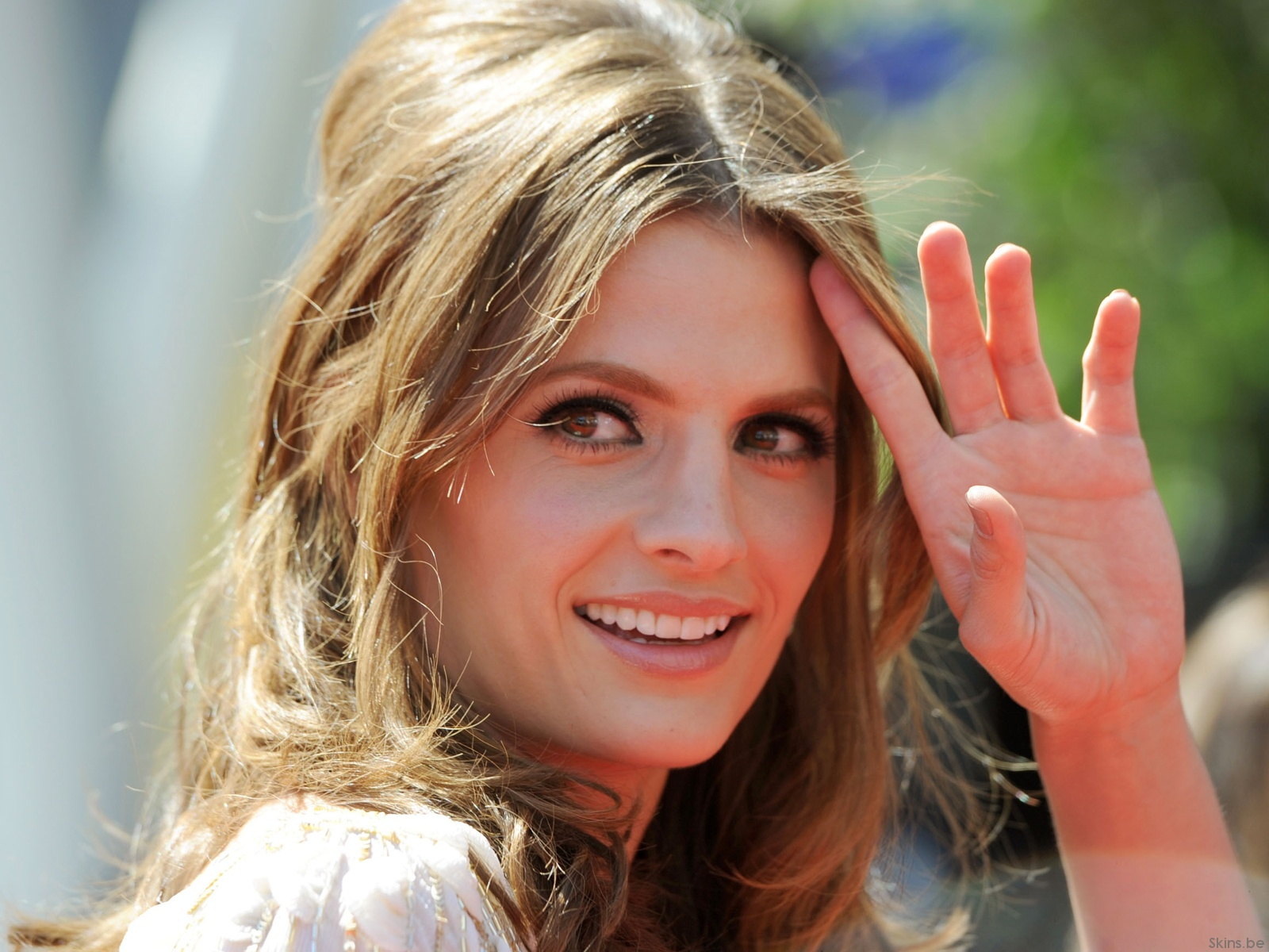 Stana Katic 2018: Boyfriend, tattoos, smoking & body ...