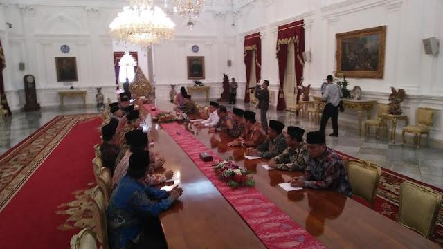 Ini pesan Jokowi kepada para ULAMA dan Ormas Islam : Ulama itu ...