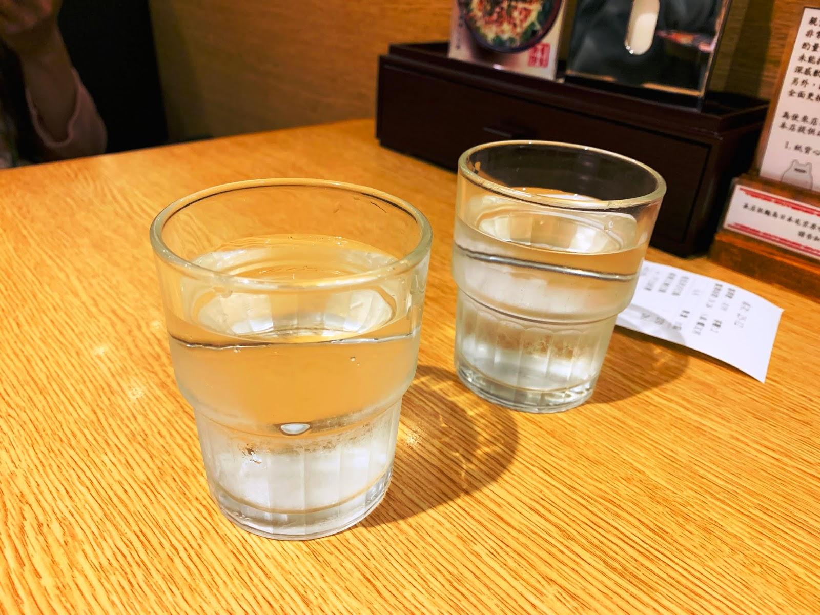 屯京拉麵-冰開水