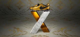 Nike Luncurkan Sepatu Edisi Terbatas Untuk merayakan Francesco Totti ke-25 Tahun bersama Roma
