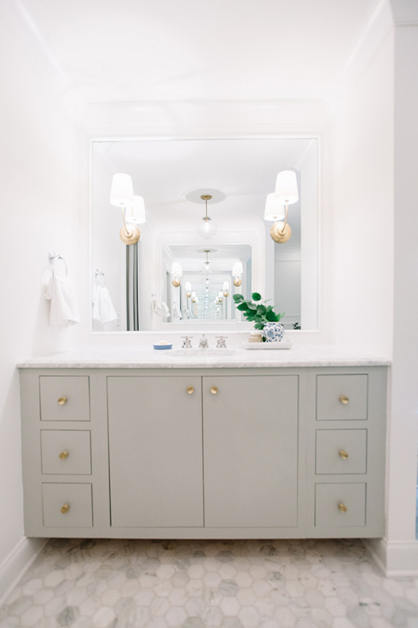 living-bathroom-nashville-home-tour