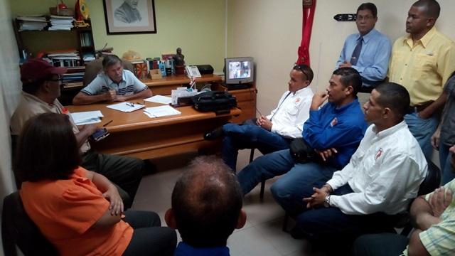 Polit cnica 103 7 fm gremios de la uptag exigen al banco Banco venezuela clavenet