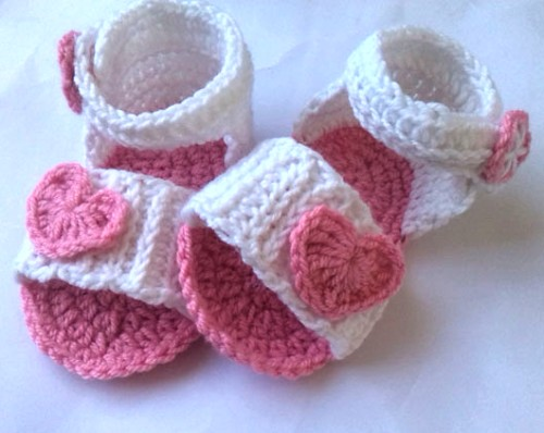 Baby Crochet Sandal - Pattern & Tutorial