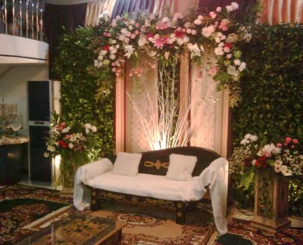Desain Pernikahan Dekorasi Pelaminan Mewah Di Rumah