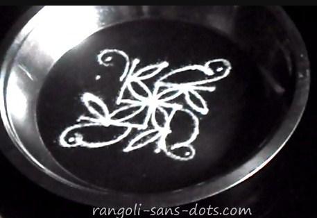 rangoli-on-plate-21b.jpg