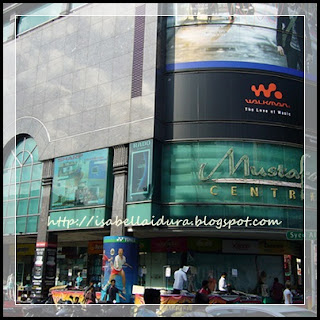 Mustafa center, haji mustafa, Shopping di singapore