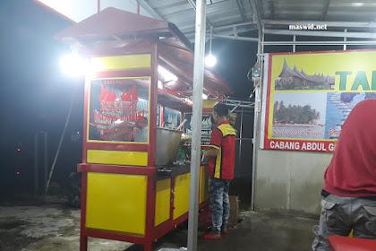 Menikmati Sate Padang Khas Talang Baduri di Jalan Raya Kalimulya Depok
