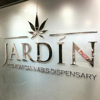 Jardin Cannabis Dispensary / www.hiphopondeck.com