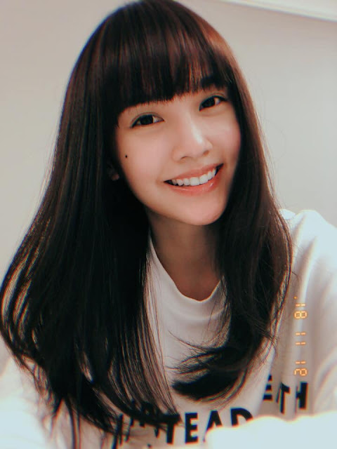 Rainie Yang with bangs