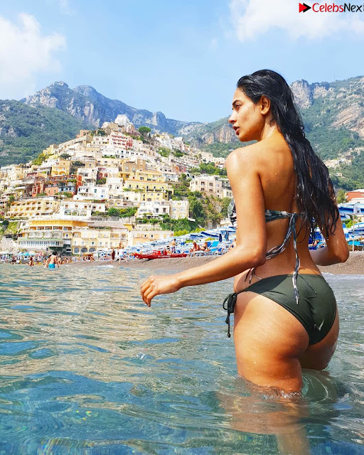 Sarah Jane dias in Lovely Bikini Vacation Pics ~ .xyz Exclusive 001.jpg