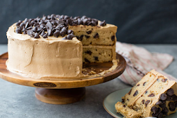 Mocha Chocolate Chip Cake