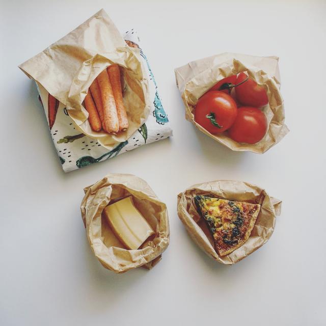Bruk gjerne papirposer til å oppbevare mat istedet for små plastposer