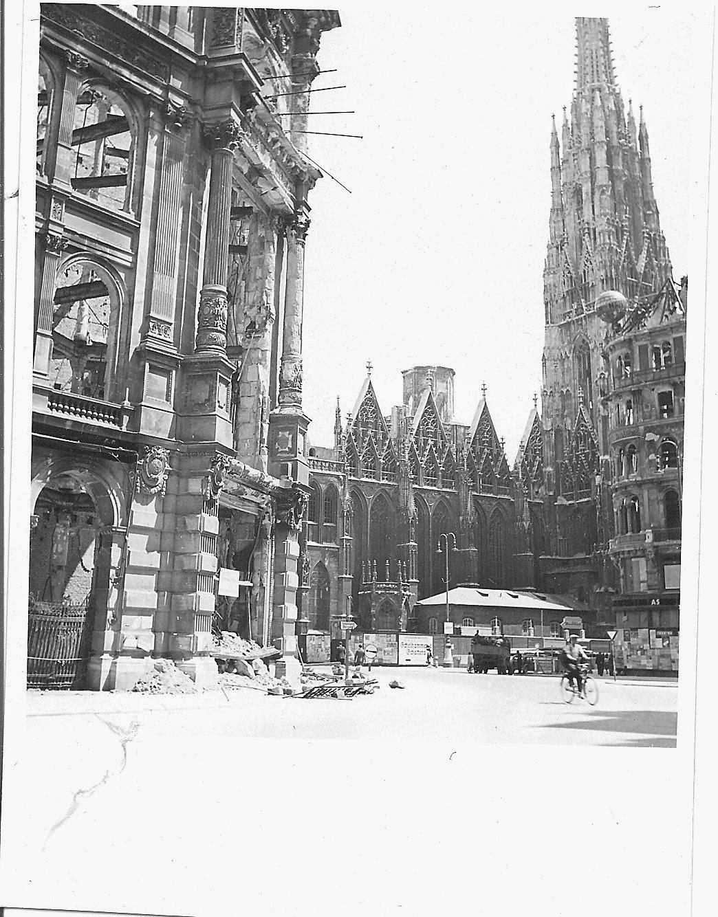 Photo Of Stephensplatz St Stephens Church Without A Roof
