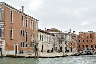 Campo San Vio in Venice was one of the locations used in the Rossano Brazzi-Katherine Hepburn film Summertime
