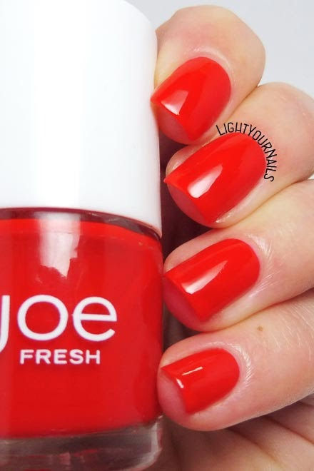 Smalto lacca rosso Joe Fresh Apple red jelly nail polish #joefresh #nails #unghie #lightyournails