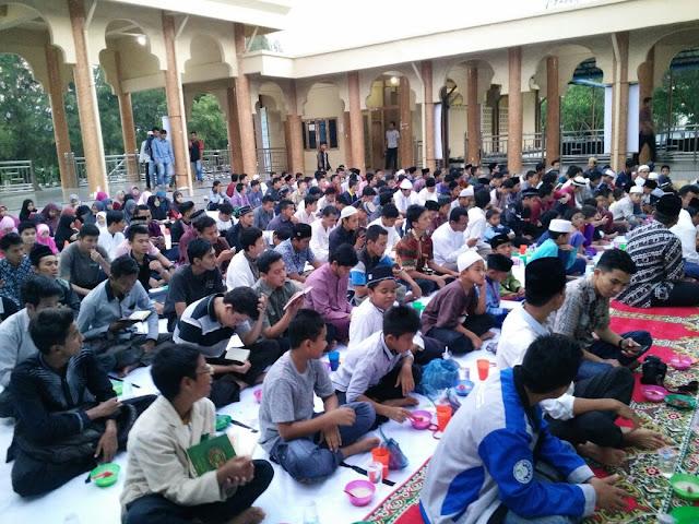 Semaraknya Kegiatan Ramadhan di Masjid Jamik Unsyiah