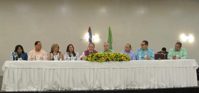 El Partido Liberal Reformista (PLR), realizó este sábado su asamblea nacional extraordinaria de delegados donde fueron ratificadas sus principales autoridades y establecieron adecuar los estatutos de esa organización a la nueva Ley de Partidos.