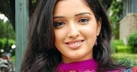top 5 highest paid bhojpuri movie actress of 2017 heroine s per film