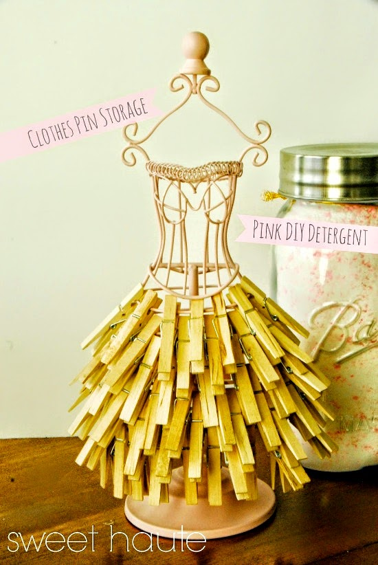 http://sweethaute.blogspot.com/2014/08/clothes-pin-diy-storage.html