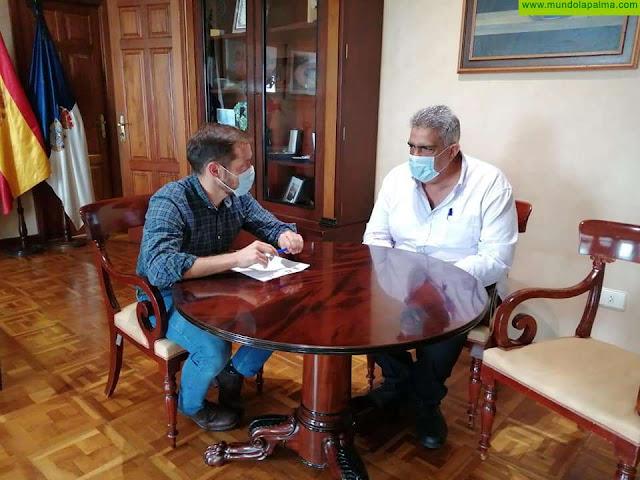 Tazacorte firma un convenio con el Cabildo Insular de La Palma para el desarrollo del programa FDCAN