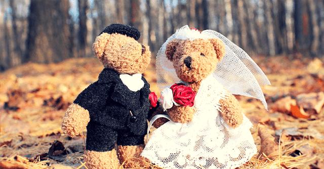 младоженци плюшени мечета