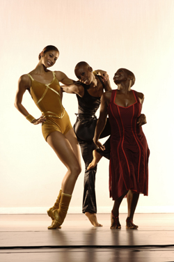 Full of courage, Alicia Graf, Dwana Smallwood, and Hope Boykin bring their star power to the Ailey tradition.
