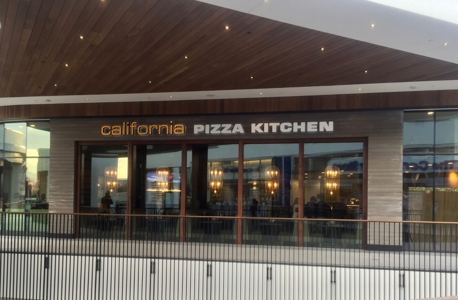 Jay Eats Worldwide: California Pizza Kitchen - A New Look & Menu in ...