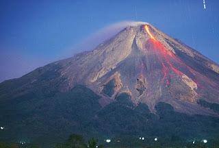 Gunung Merapi Jogyakarta Saat meletus 2010