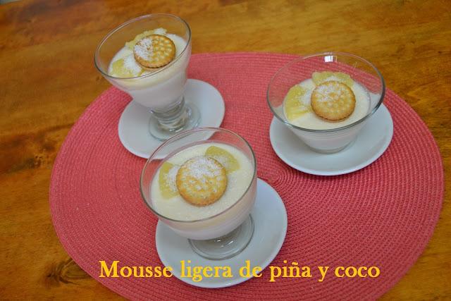 MOUSSE DE PIÑA Y COCO