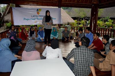LATIS PRIVAT Pilihan Terbaik Pendidikan Non Formal Penunjang Sekolah