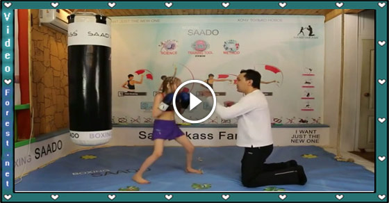 Talented Eight Year Old Girl Impressive Boxing