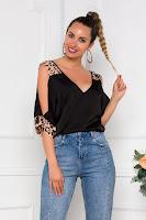 Bluza de vara LaDonna neagra cu insertii animal print si umeri decupati