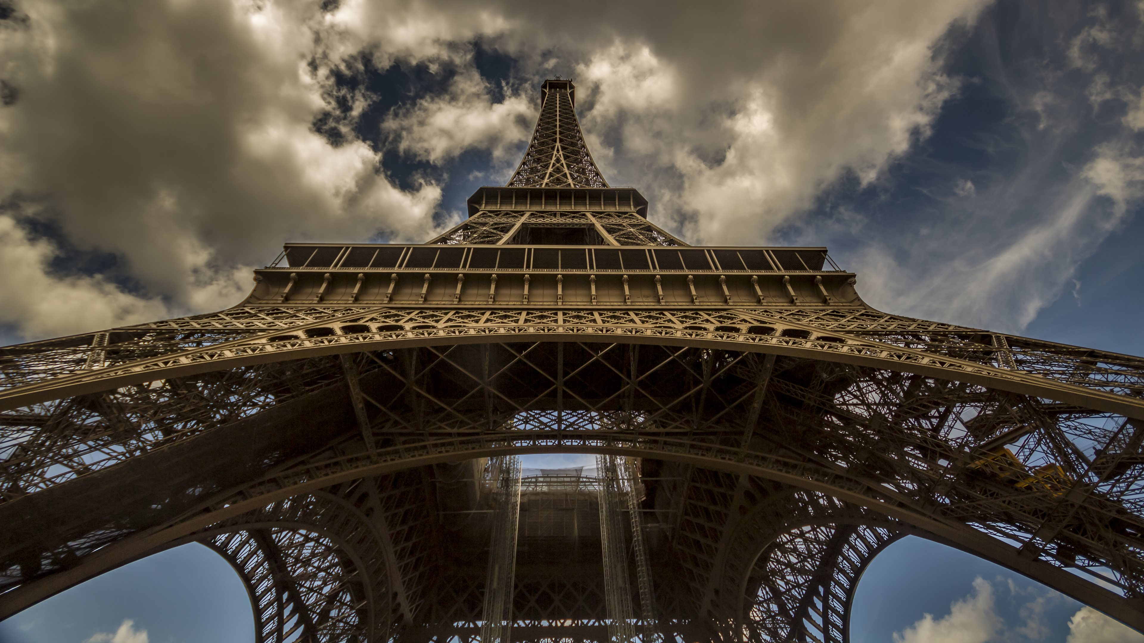 Eiffel Tower Wallpaper Collection For Free Download