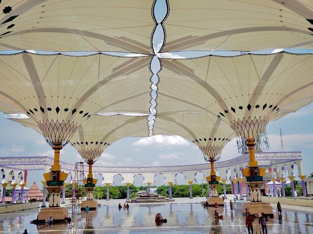 payung masjid agung jawa tengah dibuka