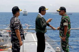 Presiden Tinjau Latihan Perang TNI di Natuna