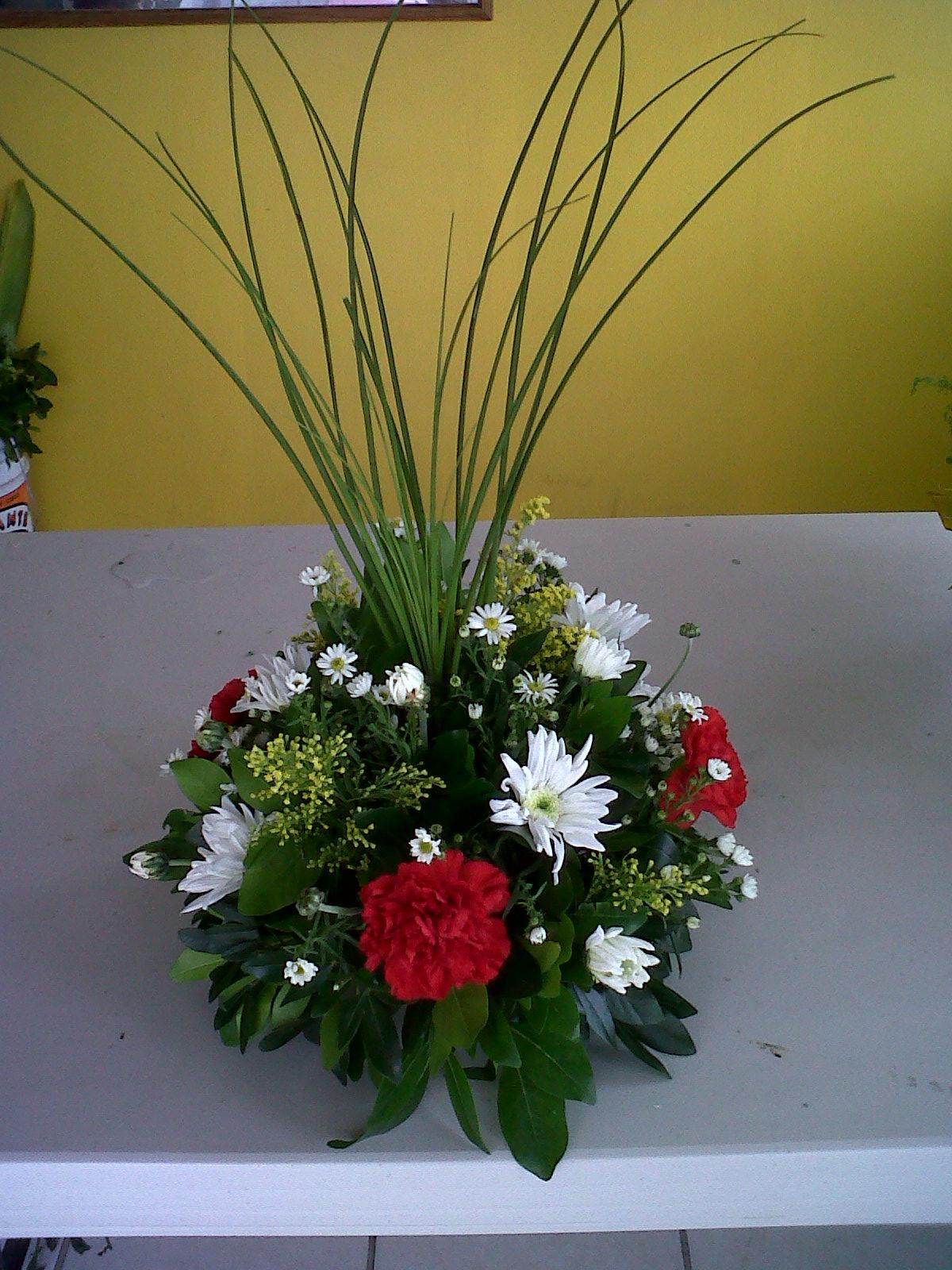 El Ptalo Dorado Arreglos florales para eventos sociales