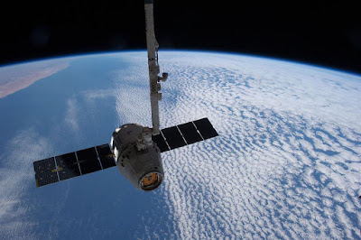 Satellite-Super-World-View-Above-the-clouds
