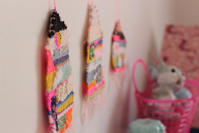 tissage coloré maison