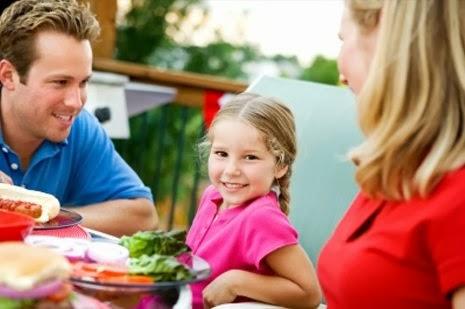 Πώς διαμορφώνεται η διατροφική συμπεριφορά των παιδιών